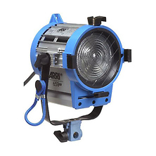 650 Watt Plus Fresnel Tungsten Light Image 0