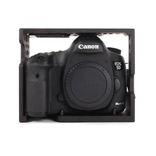 D/Cage Bundle for Canon 5D Mark III Camera Image 0