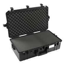 1605Air Carry-On Case (Black, with Pick-N-Pluck Foam) Image 0