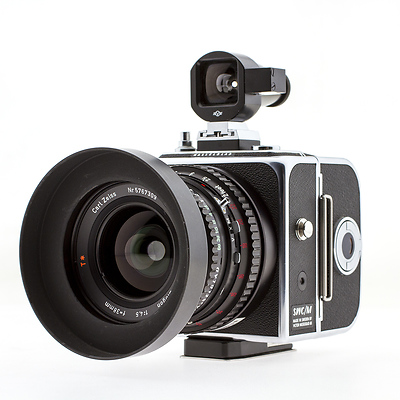 SWC Manual Body with A16 Back and 38mm f/4.5 Biogon Lens - Used Image 0