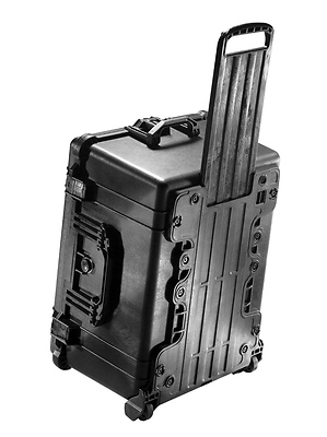 1620 Rolling Hard Case with Padded Dividers (Black) Image 0