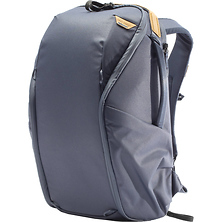 Everyday Backpack Zip (20L, Midnight) Image 0